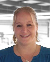 890x1000px MKT-Ansprechspartner-Manuela Schreiter